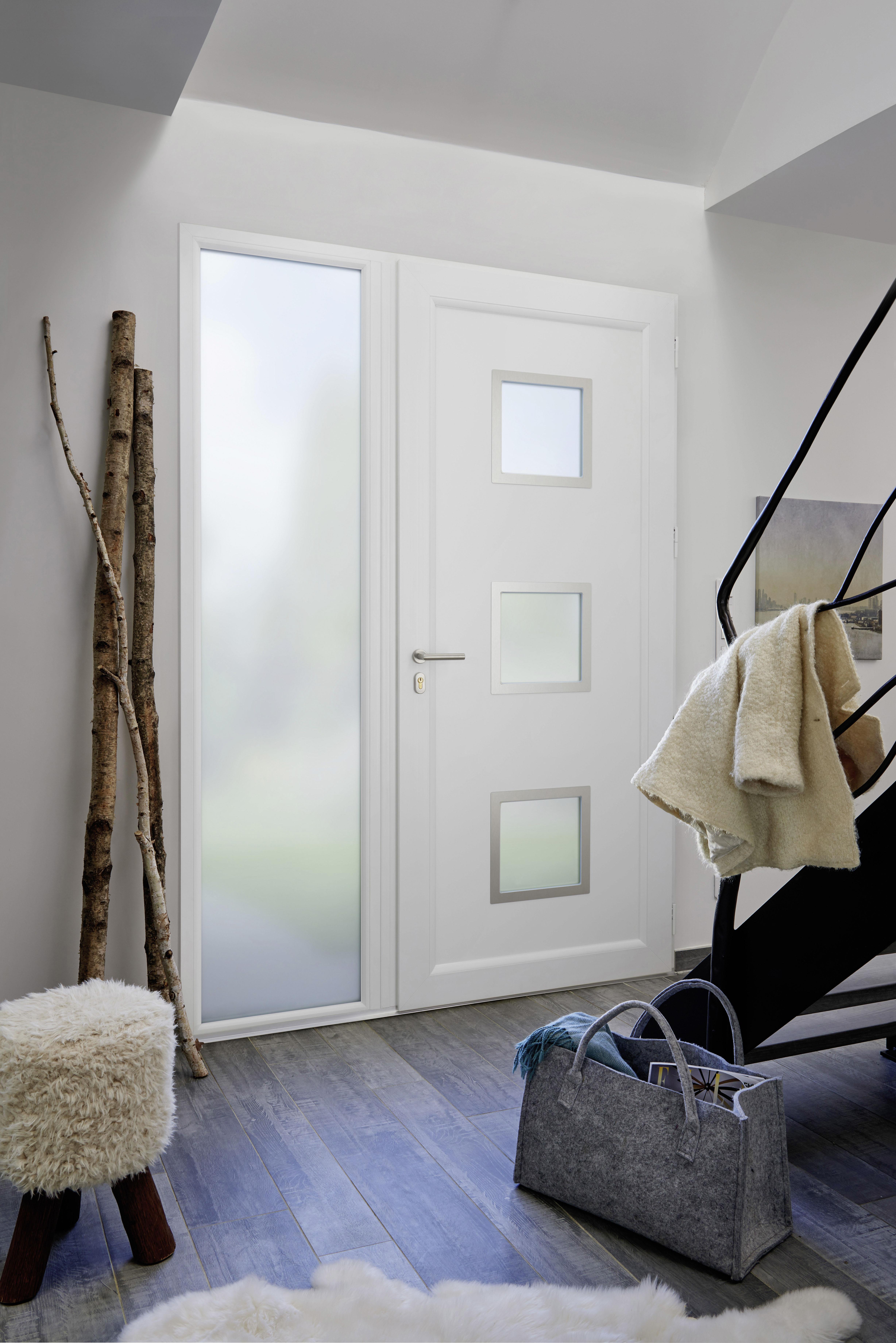 lapeyre porte d 39 entr e lothey blanc lapeyre presse. Black Bedroom Furniture Sets. Home Design Ideas