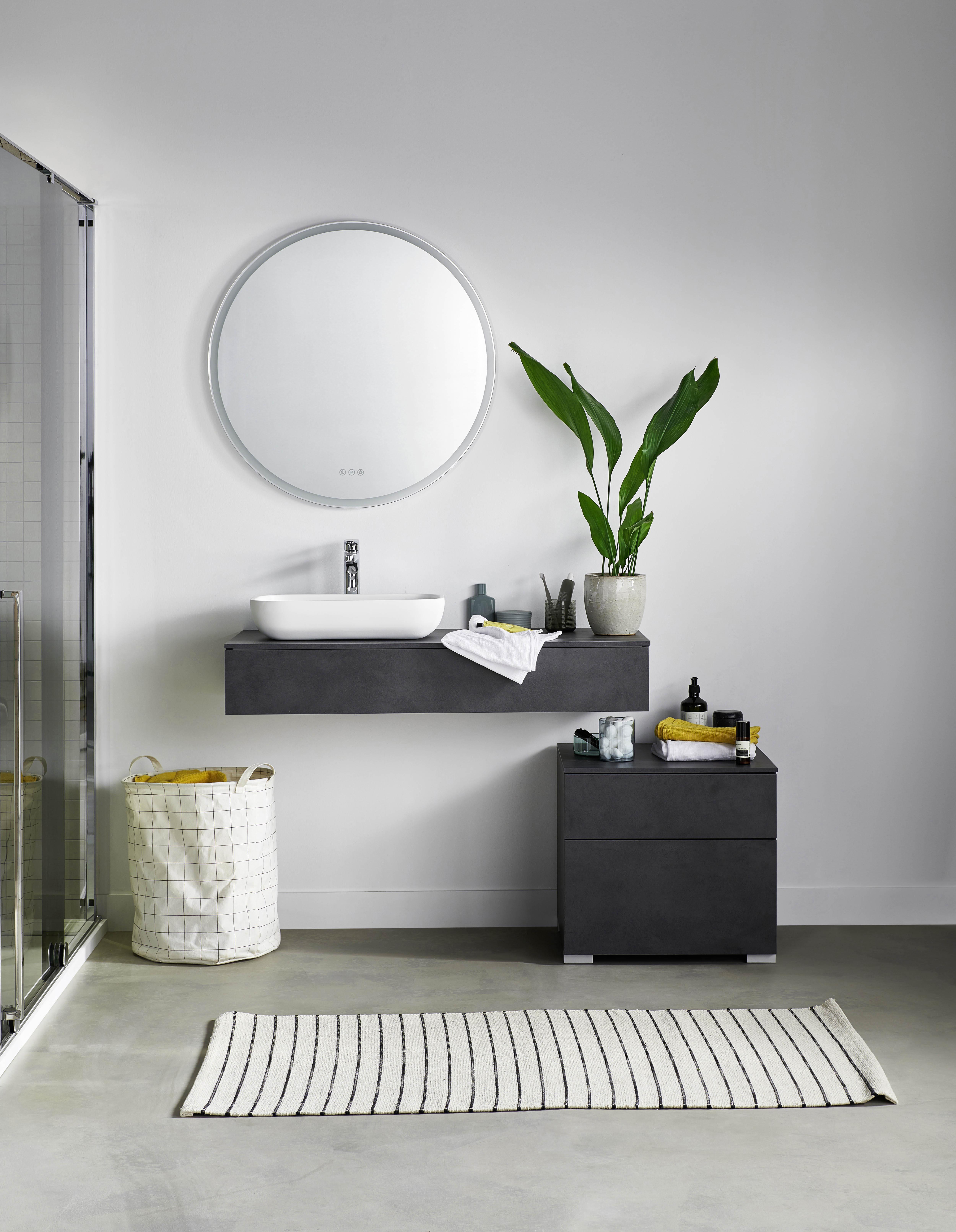 Brut : une salle de bains au design aérien - Lapeyre Presse